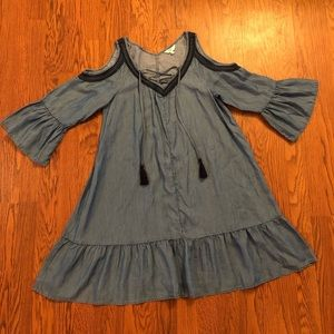 Crown & Ivy | Chambray Cold Shoulder Tent Dress